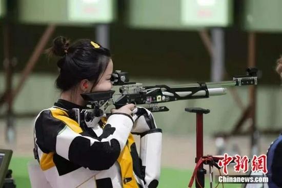 奥运冠军杨倩同款小黄鸭卖爆了订单量暴增400倍拿货至少等一周